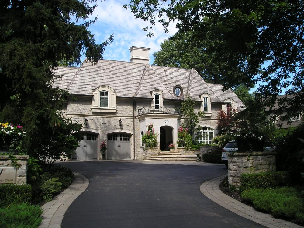 mineola west mansion